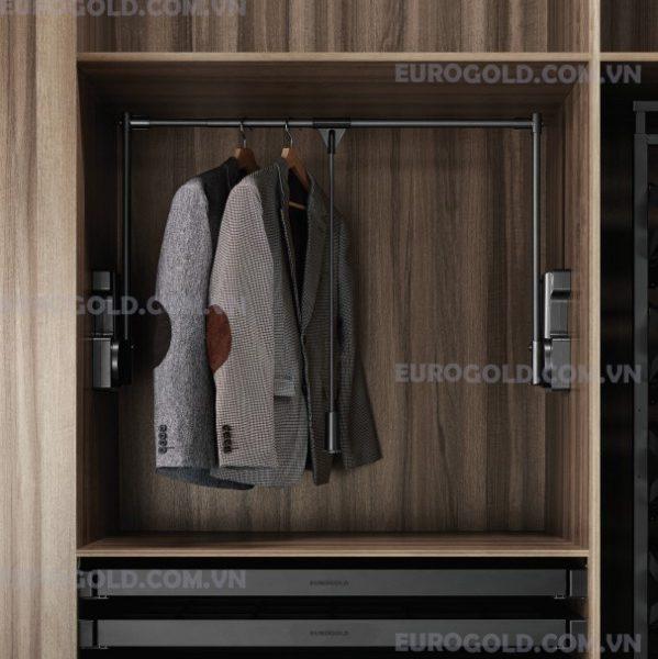 giá mắc quần áo di động Eurogold